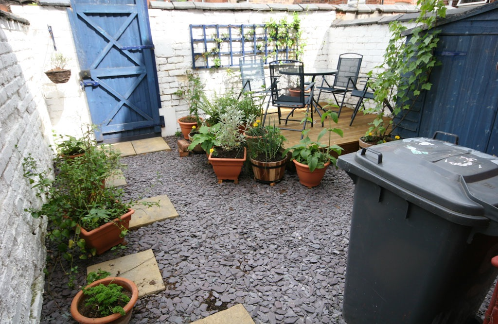 Cement Backyard Garden : Turning a concrete terraced yard into a garden  GardenBantercouk